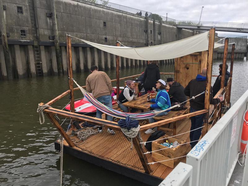 hausboot-hafen-hamburg-22