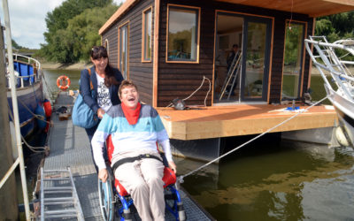 """Wir unterstützen das gemeinnützige Projekt """"Hausboot Huckleberry Finn"""""""